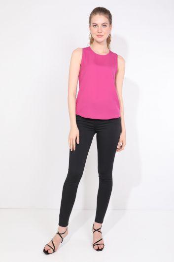 Женская Блузка Без Рукавов Со Складкой На Спине Розовая - Thumbnail