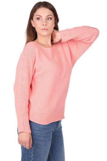 MARKAPIA WOMAN - سترة نسائية محبوكة برقبة دائرية من السلمون (1)