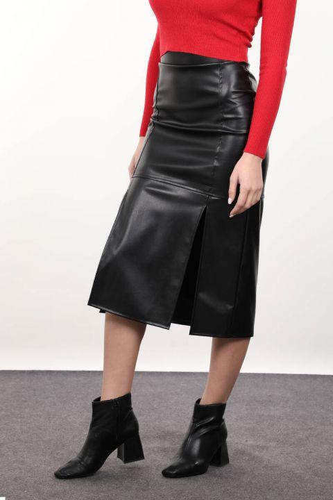 Черная юбка-миди из искусственной кожи