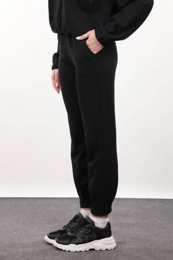 MARKAPIA WOMAN - Women's Black Trousers (1)