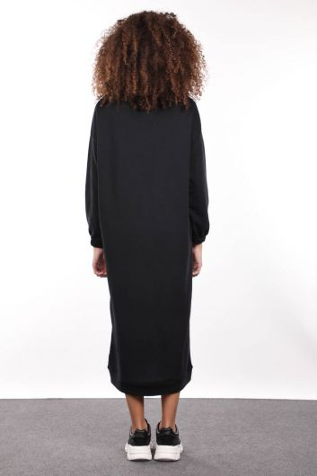 Черное базовое женское спортивное платье с высоким воротом - Thumbnail