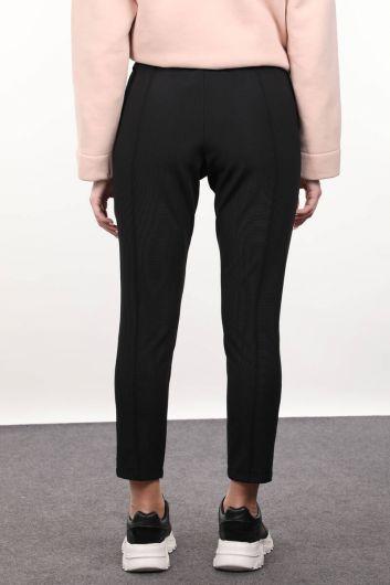 Женские брюки с черным ремешком - Thumbnail