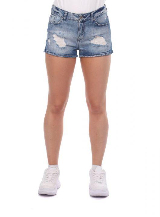 Blue Eyes Women's Jean Shorts
