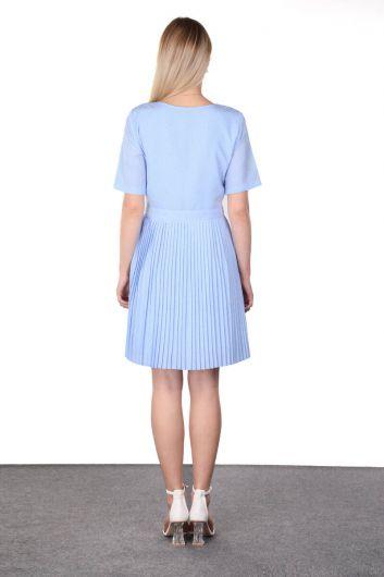 فستان نسائي بأكمام قصيرة مطوي باللون الأزرق - Thumbnail
