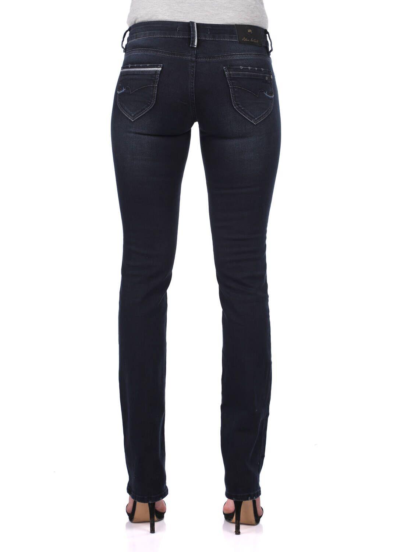 Blue White Kadın Arka Cep Detaylı Kot Pantolon