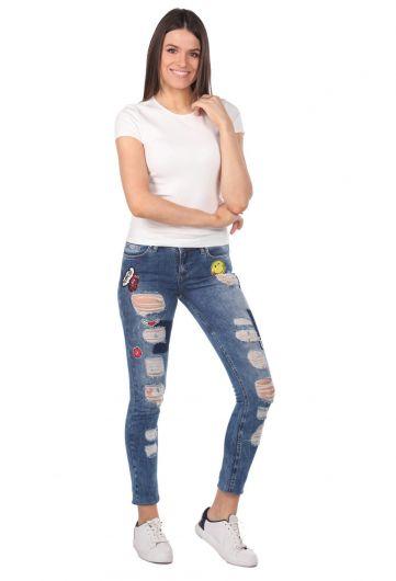 Blue White Kadın Desenli Yırtık Kot Pantolon - Thumbnail