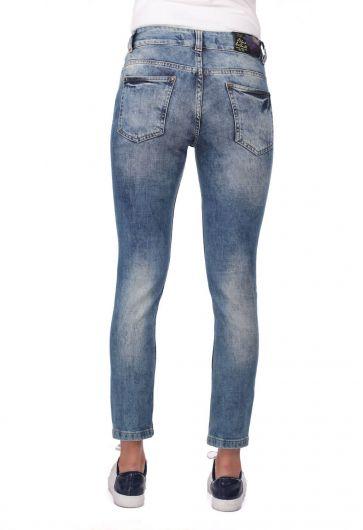 Blue White Kadın Yırtık Desenli Kot Pantolon - Thumbnail