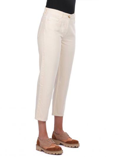 BLUE WHITE - Blue White Mom Fıt Kadın Kot Pantolon (1)