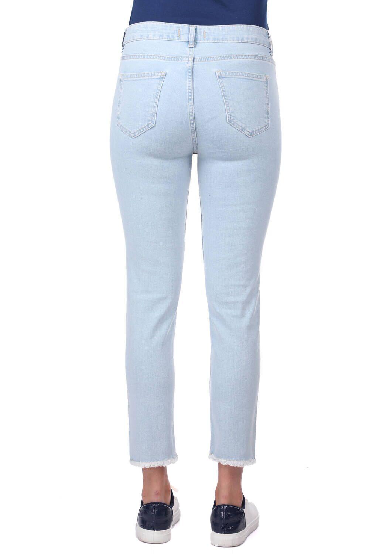 Blue White Paçası Kesik Jean Pantolon