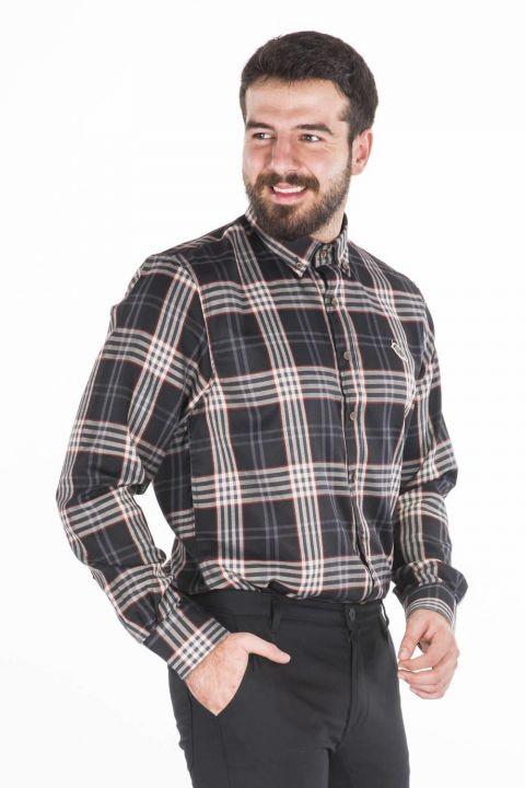 Сине-белая рубашка в шотландскую клетку