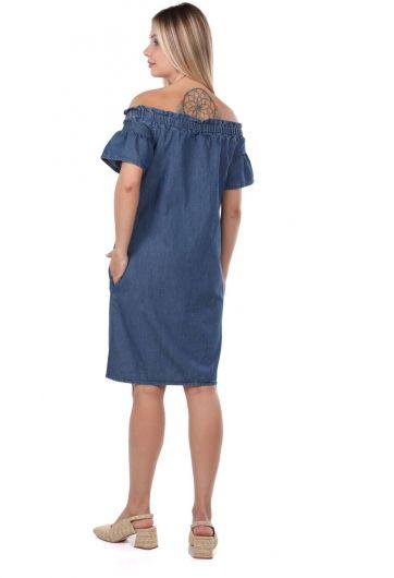 Женское детализированное джинсовое платье с воротником - Thumbnail