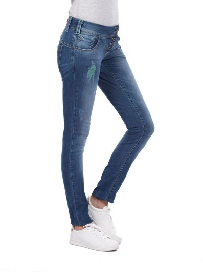 BLUE WHITE - بنطلون جينز فضفاض مكون من 5 أزرار من بلو وايت للنساء (1)
