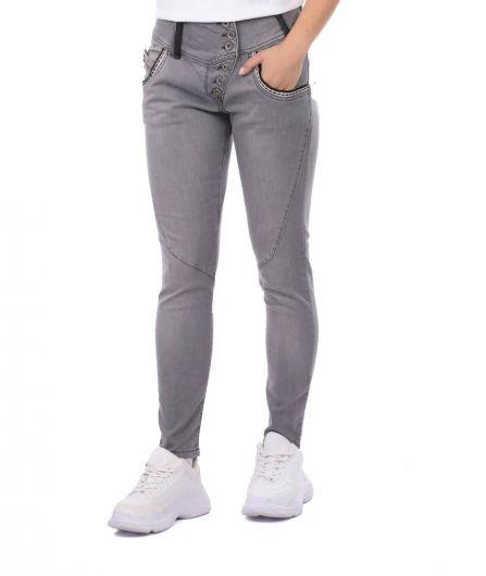 Сине-белые женские рваные джинсовые брюки с детализированной отделкой - Thumbnail