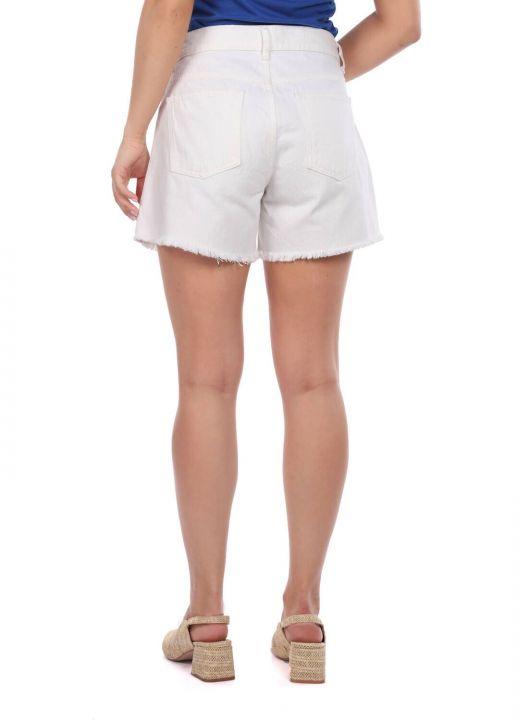 Синие белые женские шорты с цветочным узором
