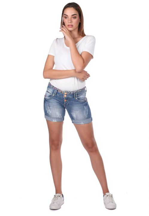 شورت جينز نسائي أبيض أزرق