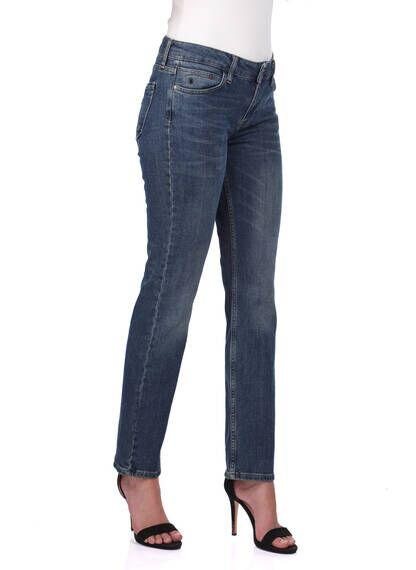 Белые женские джинсовые брюки прямого кроя больших размеров
