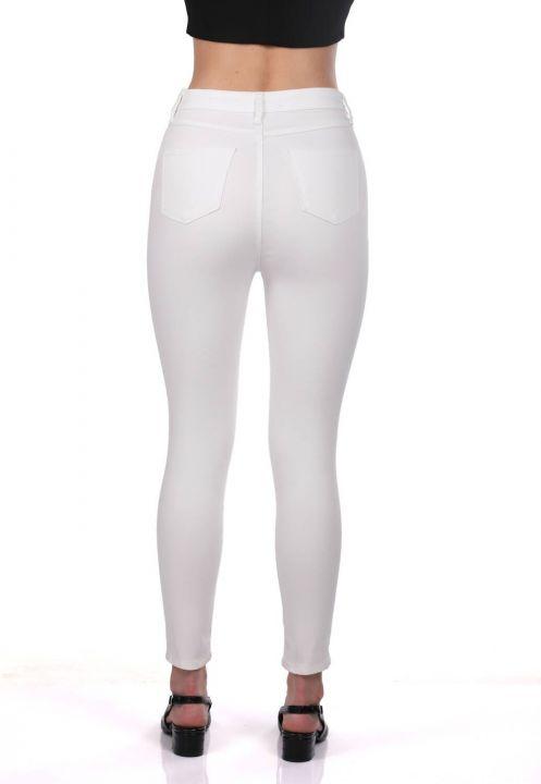 Белые джинсовые брюки с завышенной талией сине-белые женские