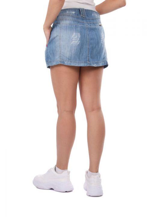 تنورة جينز صغيرة من Bny Jeans