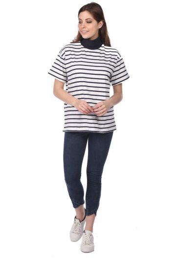Boğazlı Çizgili Kadın T-Shirt-Beyaz-Haki - Thumbnail