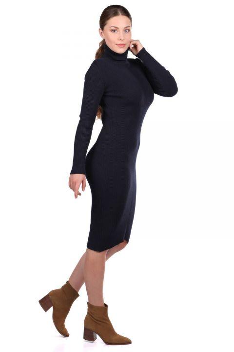 Boğazlı Kalın Triko Düz Elbise