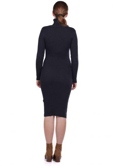 MARKAPIA WOMAN - Boğazlı Kalın Triko Düz Elbise (1)