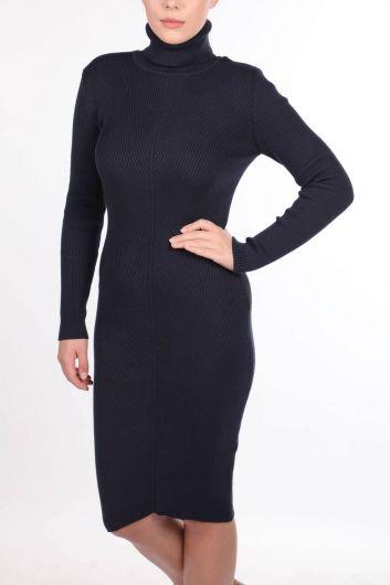 Boğazlı Kalın Triko Düz Elbise - Thumbnail