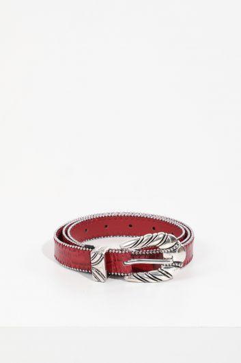 MARKAPIA - حزام جلد حجري بنمط جلد التمساح عنابي للنساء (1)