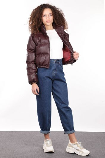 معطف منفوخ جلدي قصير بسحّاب عنابي اللون للنساء - Thumbnail