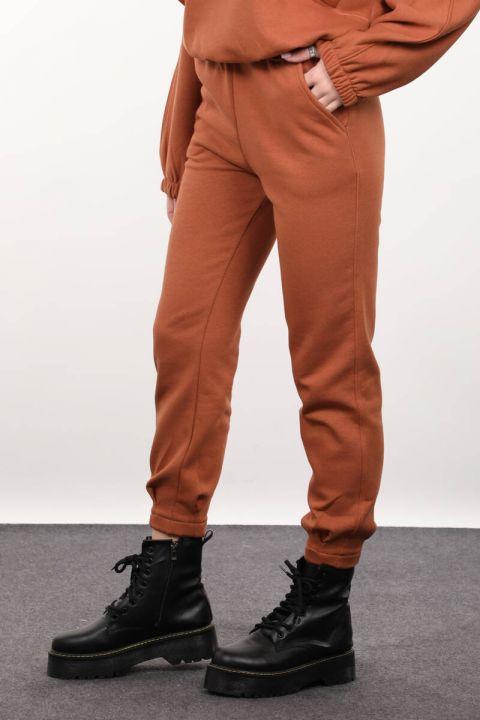 Женские брюки-пинцет с корицей