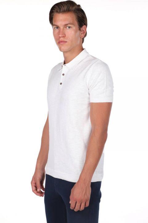 Белая футболка с воротником-поло с детализированным воротником