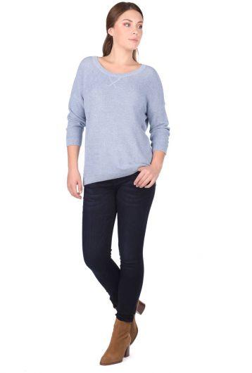 Трикотажный женский свитер с круглым вырезом - Thumbnail