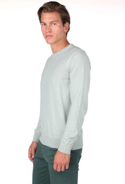 Светло-зеленый мужской свитер с круглым вырезом