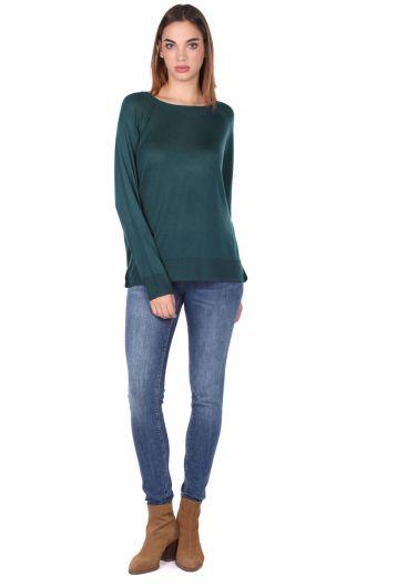 Зеленый тонкий трикотажный женский свитер с круглым вырезом - Thumbnail