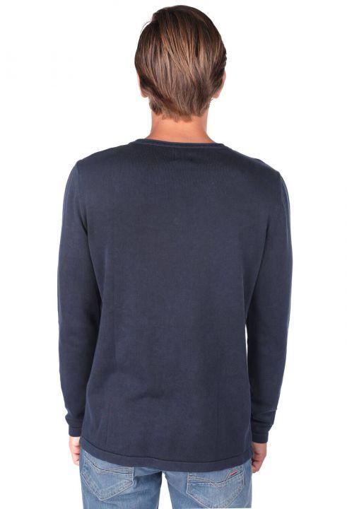 Crew Neck Buttoned Sweatshirt