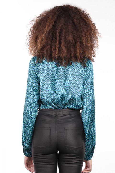 Desenli Düğmeli Saten Kadın Bluz