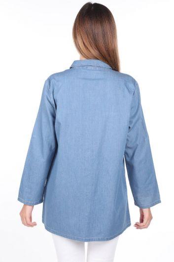 Düğmeli Geniş Kesim Mavi Kadın Jean Gömlek - Thumbnail