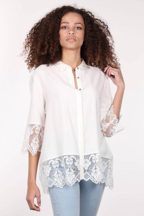 قميص نسائي Ecru مزين بأزرار مزدوجة الصدر
