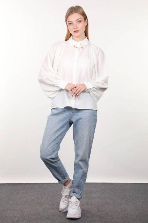 قميص نسائي بأكمام بالون من Ecru
