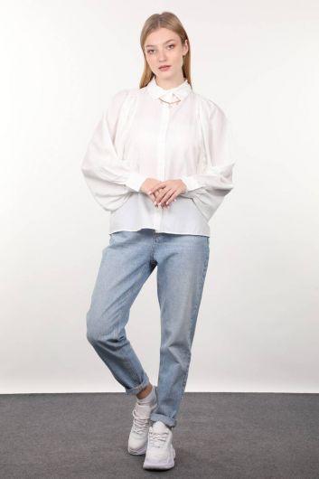 Женская рубашка с круглым вырезом на рукавах цвета экрю - Thumbnail