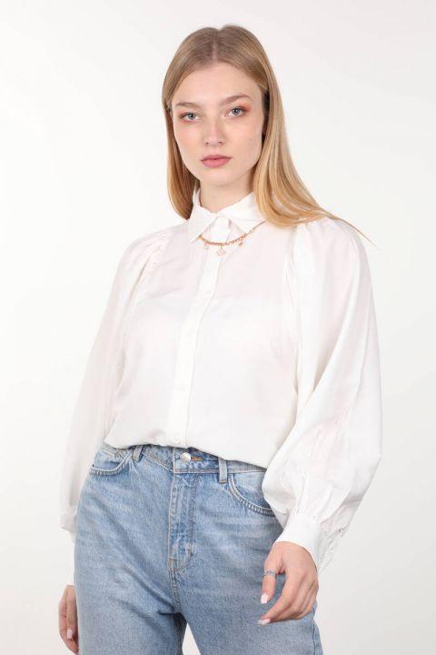 Ekru Büzgülü Balon Kol Kadın Gömlek
