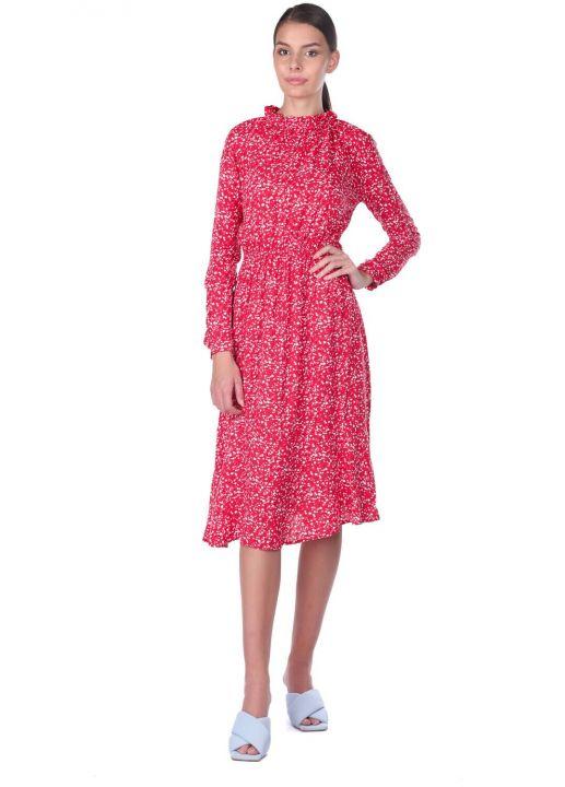 Платье с эластичной талией и цветочным узором