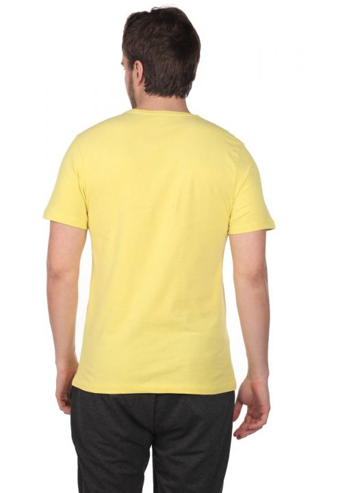 Enstrüman Desenli Erkek Bisiklet Yaka T-Shirt