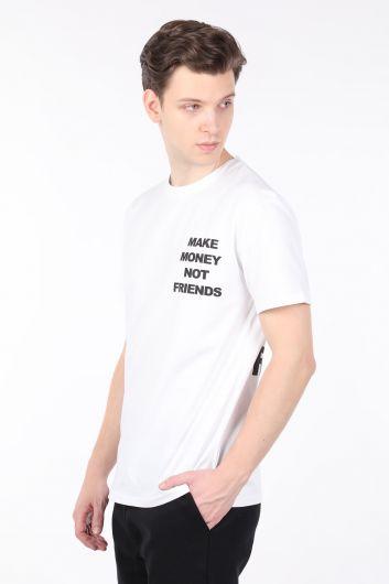 MARKAPIA MAN - Erkek Beyaz Sırtı Baskılı Bisiklet Yaka T-shirt (1)