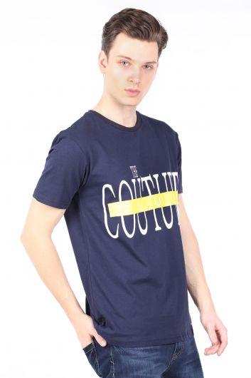 COUTURE - تي شيرت أزرق كحلي رجالي برقبة دائرية مطبوعة (1)