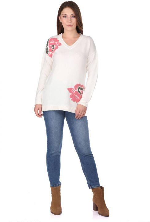 Женский трикотажный свитер с цветочным узором и V-образным вырезом