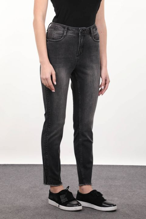 Füme Taş Detaylı Kadın Jean Pantolon
