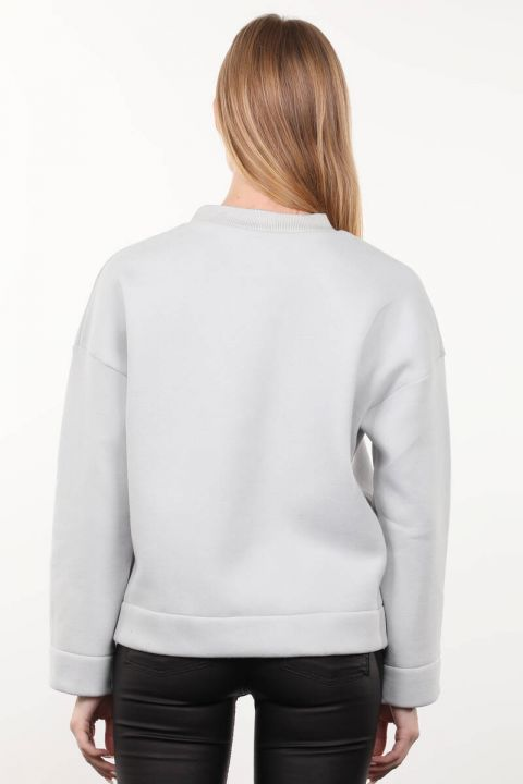 Gray Knitted Raised Crew Neck Women's Sweatshirt