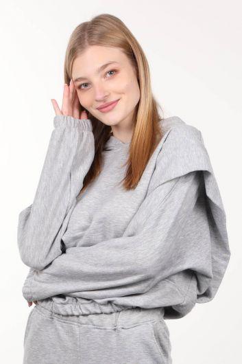 MARKAPIA WOMAN - Gri Vatkalı Kapüşonlu Kadın Sweatshirt (1)