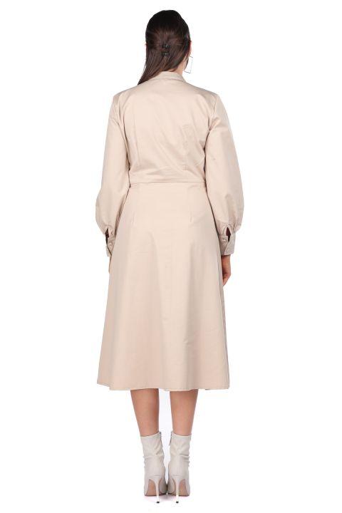 Hakim Yaka Düğmeli Bej Kadın Elbise