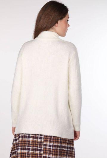 Turtleneck Ecru Sweater - Thumbnail